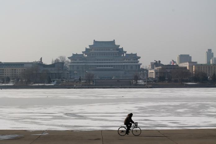 3-pyongyang-view-from-juche-tower