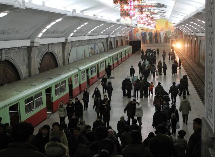 9 Pyongyang metro.JPG